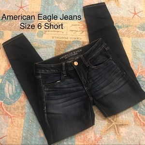 American Eagle Super Low Rise Jegging Size 6 Short